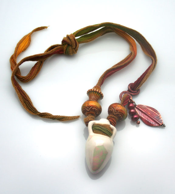 Amphora aromatic jewelry