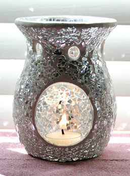 Sophisticated Silver Crackle Mosaic Glass Aromatherapy Candle Diffuser