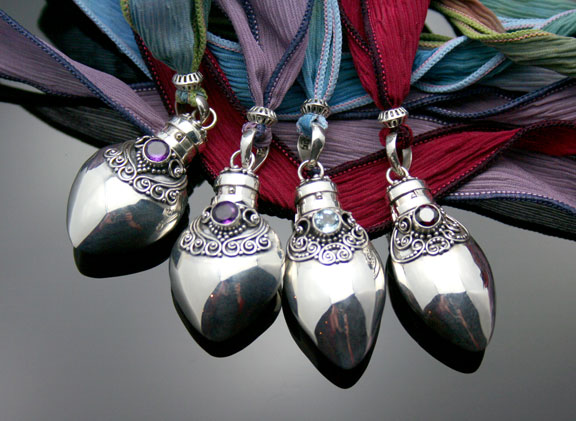 Silver aromatherapy pendants and necklaces