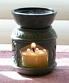 Small, hand-carved, soapstone aromatherapy diffuser featuring a Celtic knot design